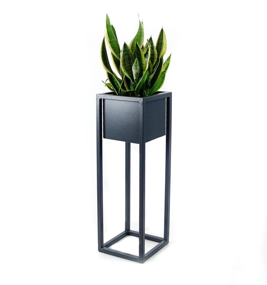 Metalowa osłonka na donice na stojaku loftowa SORA 30x30x110