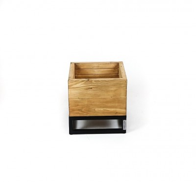 Osłonka na donice z drewna i metalu Sapri